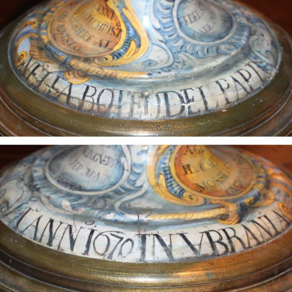 Due anfore inedite di Pietro Papi (Urbania 1670) con scene della Gerusalemme Liberata del Tempesta, di Romana Mastrella